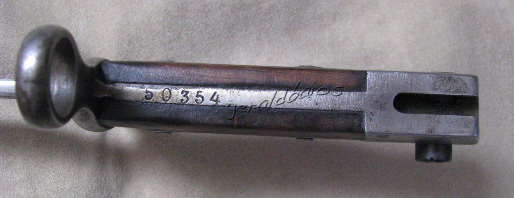modèle 27 004